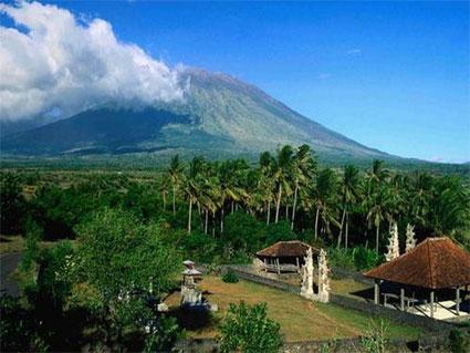 Gunung Tambora, Pesona Dan Potensi Yang Diabaikan