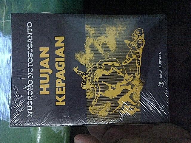 Novel Karangan Nugroho Notosusanto Yang Berjudul ''Hujan Kepagian''